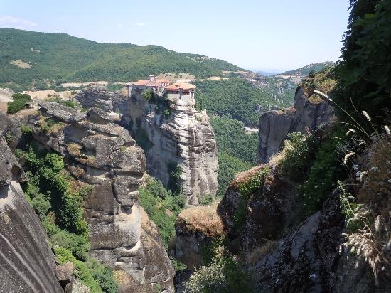 เดลลัส บูติก โฮเต็ล: A monastic tradition beyond words