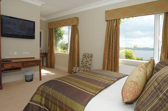 St Kyrans Country House: A Bedroom with a view