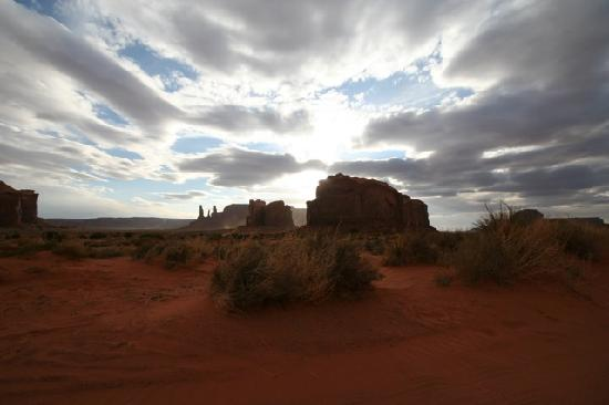 Monument Valley Navajo Tribal Park: Beautiful evening sky at MV
