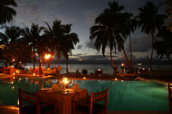 Jean-Michel Cousteau Resort: Dinner Time