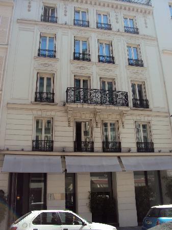 Hotel Le A The Outside
