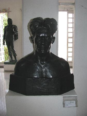 Emilio Bacardi Moreau Museum : Juan Emilio Hernandez Giro