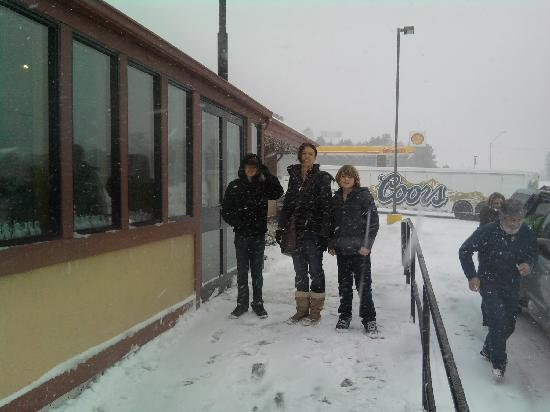 Denny's: Outside Dennys during the storm