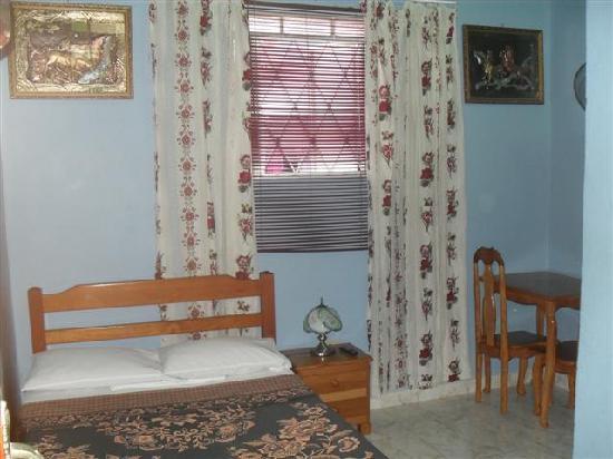 Casa Colonial Yadilis y Joel: Habitacion 1