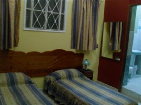 Casa Colonial Yadilis y Joel: Habitacion 2