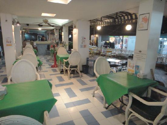 Sawasdee Banglumpoo Inn: restaurant