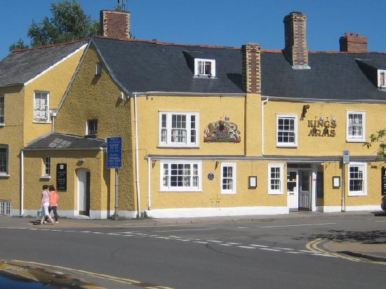 front of kings arms