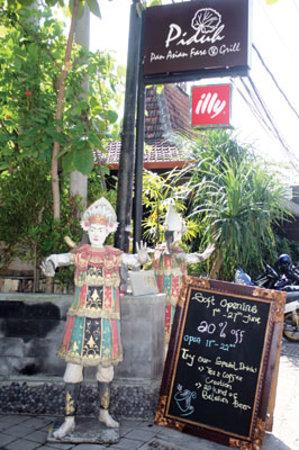 Piduh Restaurant @Petitenget Kuta
