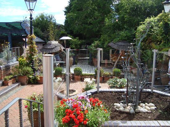 Galaxie Hotel: Garden