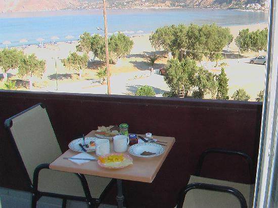 Paligremnos Apartments: own breakfast with wonderful view and smell in the morning