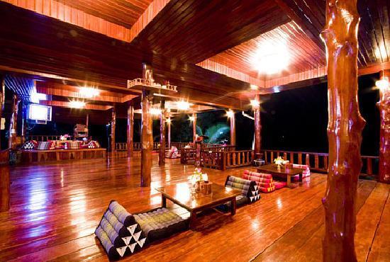Haad Yao Over Bay Resort: Restaurant