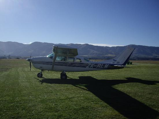 Avalanche Bed and Breakfast: Our plane!