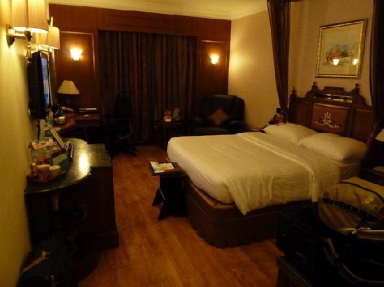 Radisson Blu Hotel GRT Chennai: Room interior