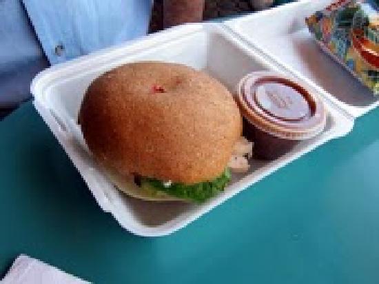 Mama's Rib's & Rotisserie: Grilled chicken sandwich
