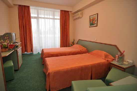Photo of Hotel Oxford Mamaia
