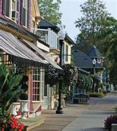 Wine Country Bed & Breakfast: Shopping, Pubs, and More