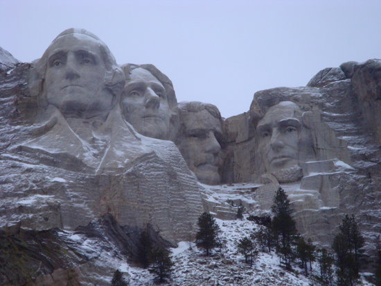 Mount Rushmore National Memorial: Early Morning