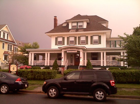 Avon by the Sea, NJ: The Inn