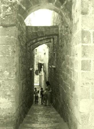 Taranto, Italien: Scorcio della città vecchia