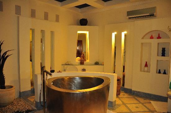 The Sahita Luxury Residence & Villa : Toilet