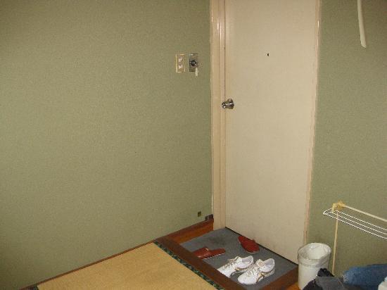 Ota, ญี่ปุ่น: 部屋からドア方向