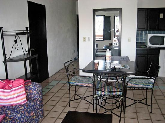 راينتري فيلا فيرا بويرتو فالارتا: Kitchen Area in my Room