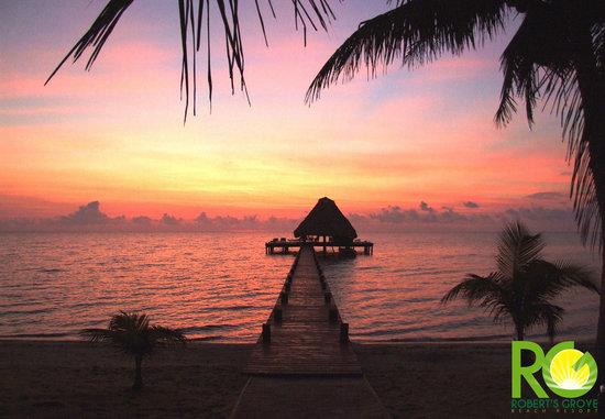 Robert's Grove Beach Resort: Main Pier at sunrise