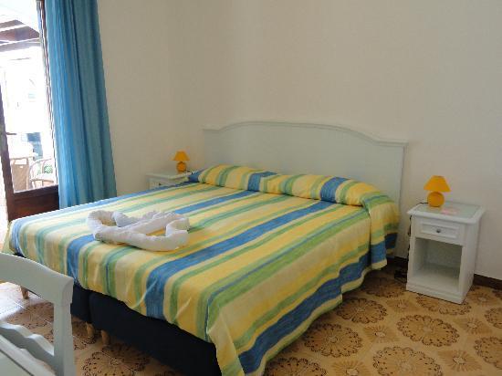 Hotel  Cava dell'isola: camera standard