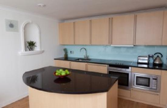Albany Street Apartments : Typical Albany Street Kitchen