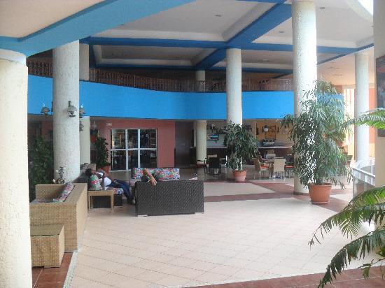 Brisas del Caribe Hotel: LOBBY