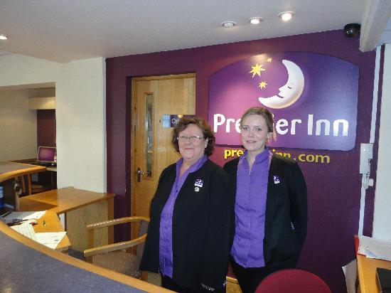 Premier Inn Livingston (Bathgate) Hotel: Edna & Steph
