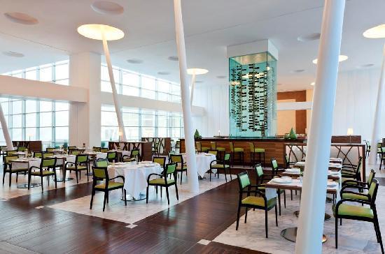 Sheraton Milan Malpensa Airport Hotel & Conference Centre: Il Canneto Restaurant