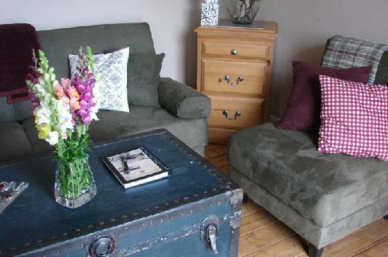 Pen y bryn farm b b reviews price comparison quesnel for Pen y bryn living room