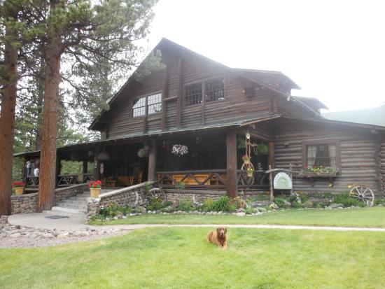Rainbow Trout Ranch: Main Lodge