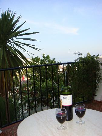 Hostal Casa Mercedes: Balkon mit Meerblick