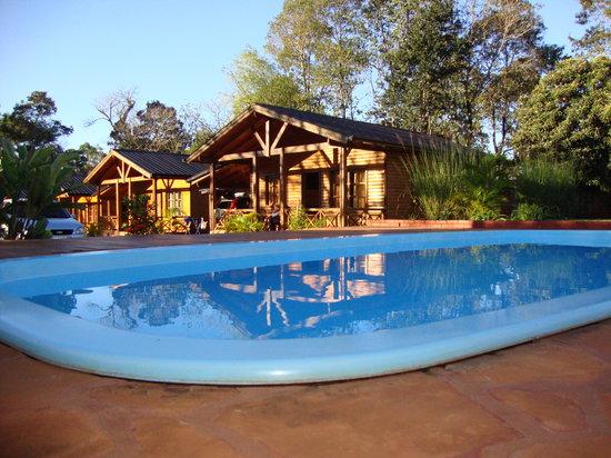 La Floresta Cabañas: bungalow near the pool
