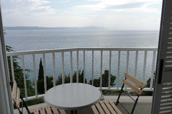 Zivogosce, Croatia: vue de la chambre