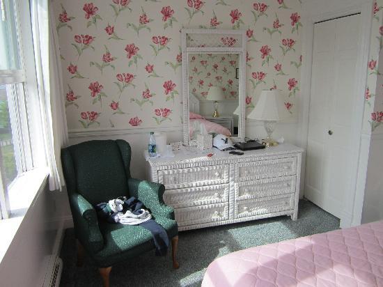 Windermere Hotel: My room.
