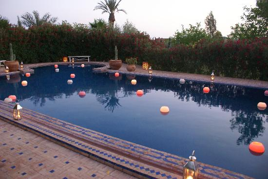 Villa Vanille: early evening pool delight