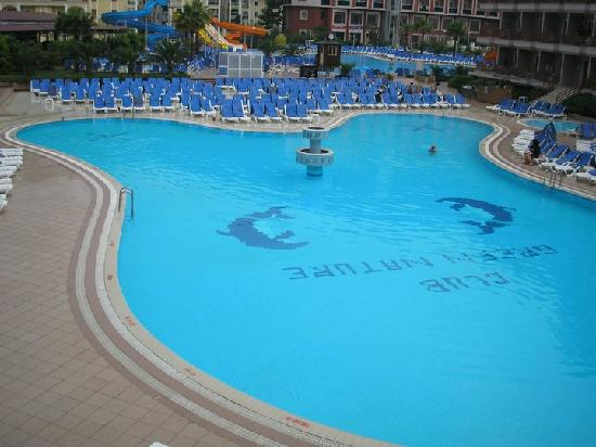 Green Nature Resort & Spa : The quieter pool