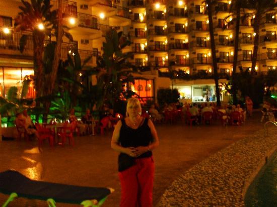 Hotel Ambassador Playa I & II : our last night at the hotel