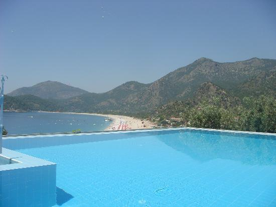 Beyaz Yunus Hotel: the pool