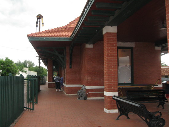 Springdale, AR: Aother View of Van Buren Depot