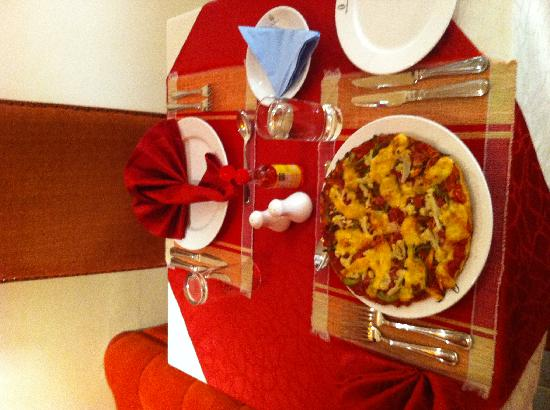 Kigali Guestlux Hotel : African Pizza from Kigali's Guestlux