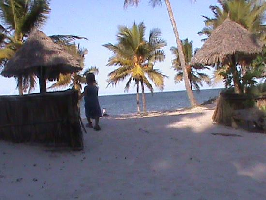 New Bagamoyo Beach Resort: Vue du bar restaurant