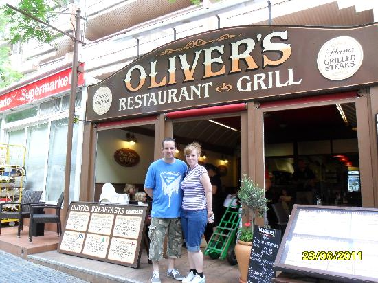 Olivers Restaurant: outside Olivers
