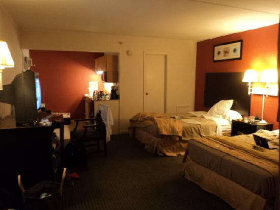Travelodge Virginia Beach: Room 355