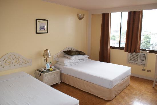 Mango Park Hotel: room