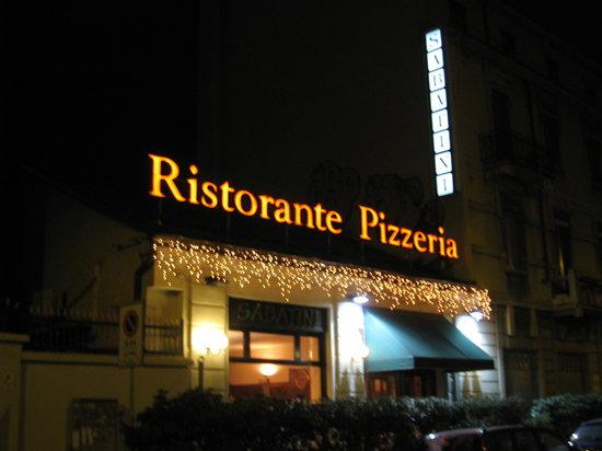 Ristorante Pizzeria Sabatini: Esterno del ristorante