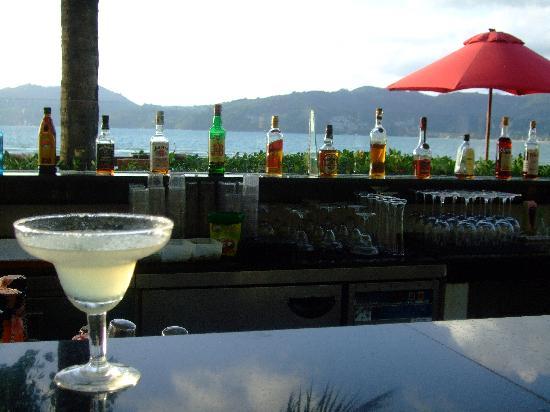 Amari Phuket: Happy hour